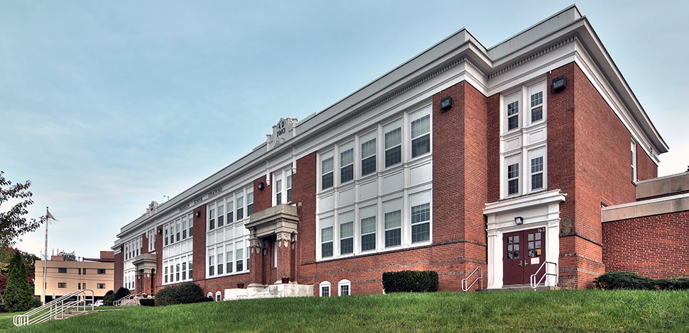 Town of Stratford, Stratford Public Schools, Window and